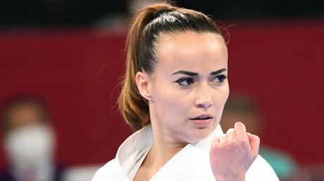 Viviana Bottaro debuts with a medal